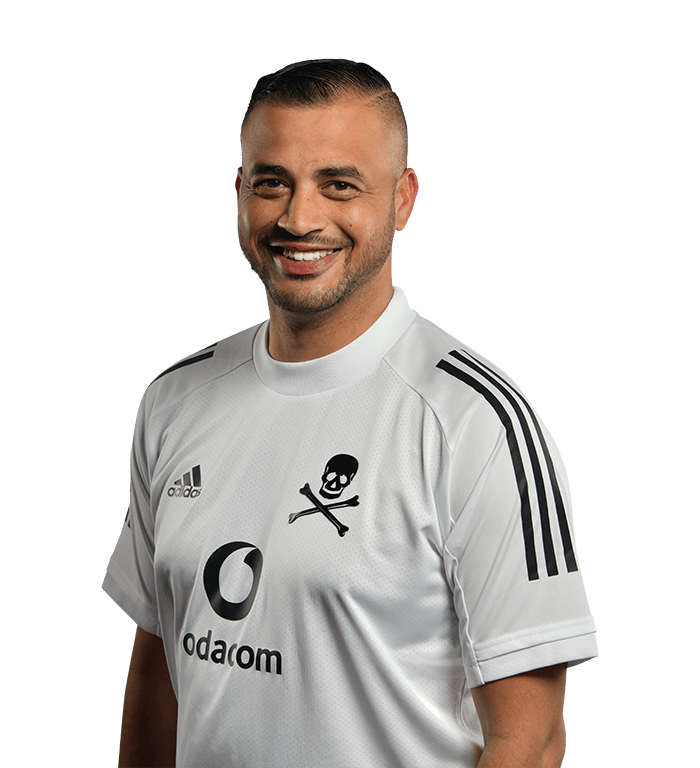 orlando-pirates-fc-technical-team-brandon-barnard-photography-DSC-0524-kyle-solomon-performance-analyst.png