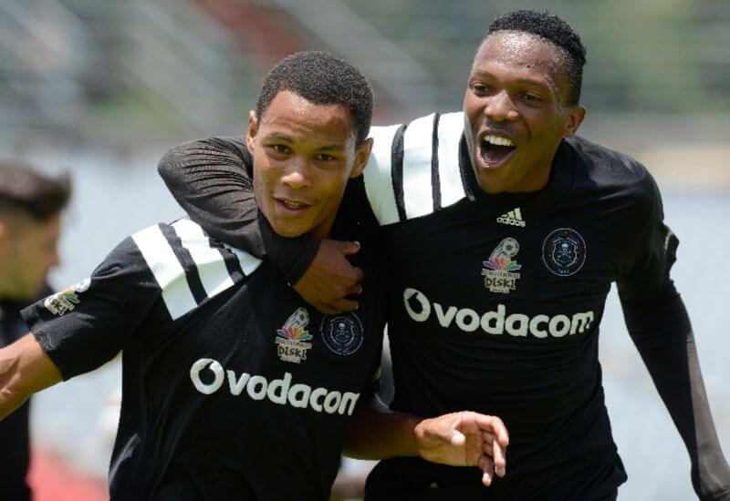 20180205-orlando-pirates-news-its-getting-crowded-at-the-top.jpg